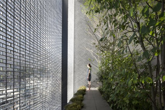 Optical-Glass-House-Hiroshi-Nakamura-2