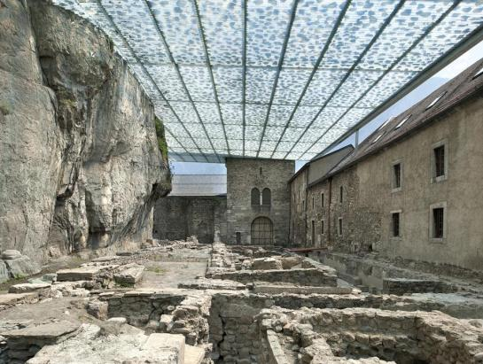 Savioz Fabrizzi Architectes . Coverage of the archaeological ruins . Saint Maurice