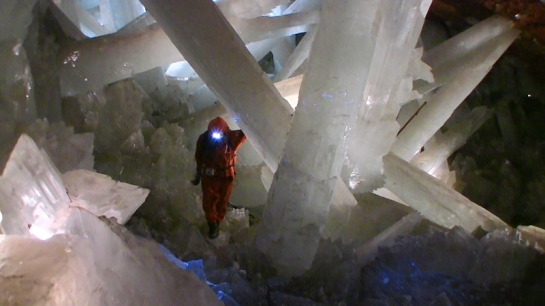 Cave of Crystals 04