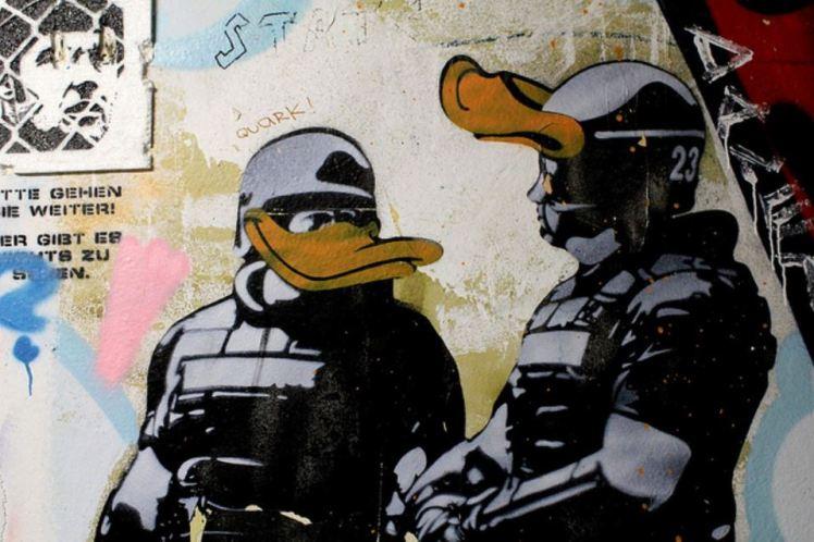 dolk duck police 2