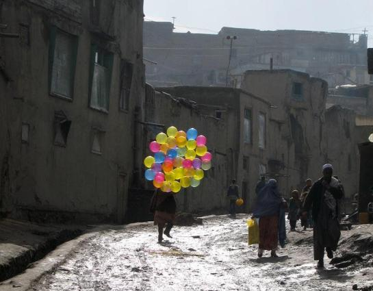 balloon sellers afghan 02