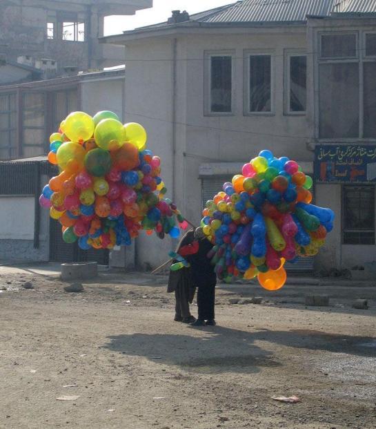 balloon sellers afghan 9