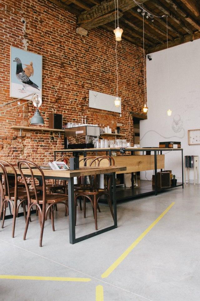 Viktor-cafe-gallery-workspace-Antwerp-6