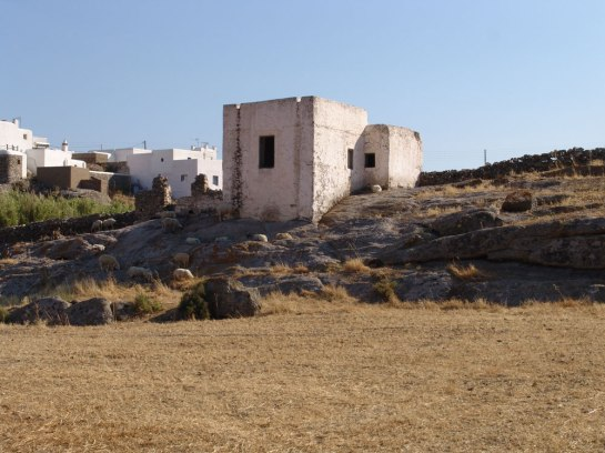 abandoned-house-Mykonos--2