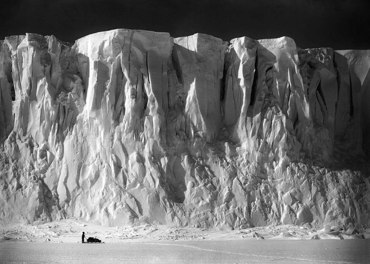 Terra Nova Expedition Ponting_Barne_Glacier