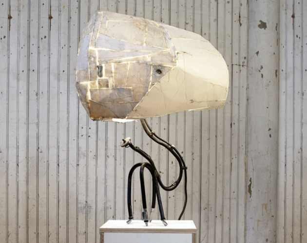 tom Sachs u look lamp