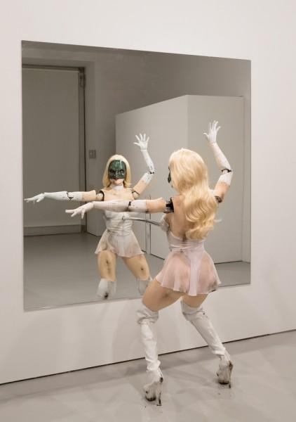 Jordan Wolfson robotic sculpture
