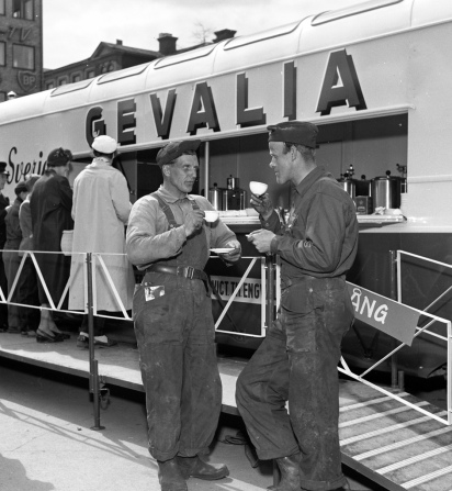 Gevalia coffee bus 1956