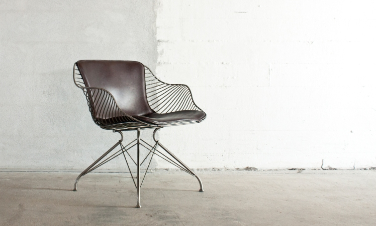 Overgaard-Dyrman_Wire-Lounge-Chair_side
