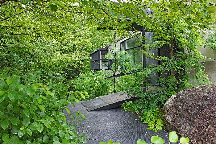 MVVA Nomentana house entrance 1