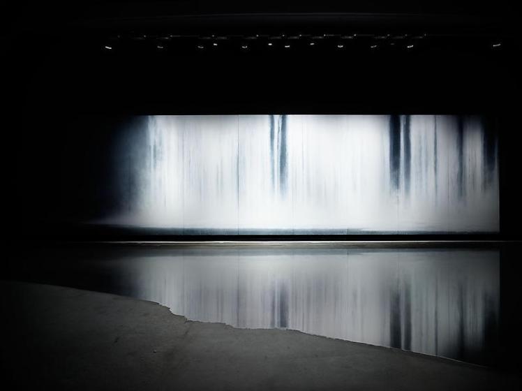 Hiroshi Senju Museum the_fall_room_02