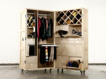 Crate_Wardrobe_Open-01