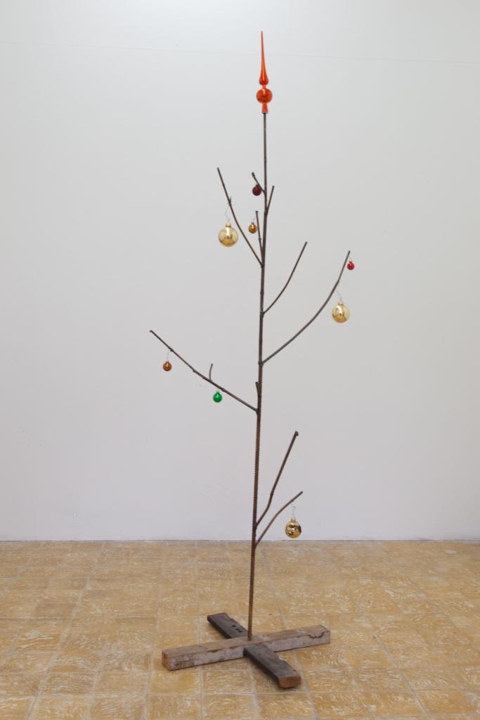 sven-t-jolle-xmas-tree